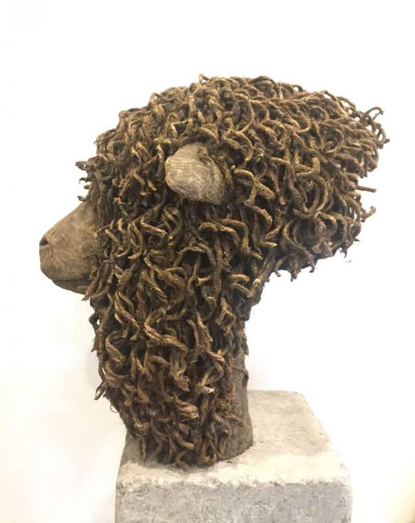 sheep head sculpture by Anja Kooistra
